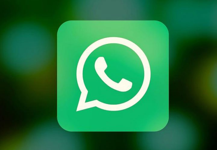 WhatsApp makes a move towards e-commerce, rolls out a shopping button