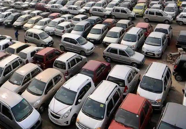 Passenger car sales continue downward trend
