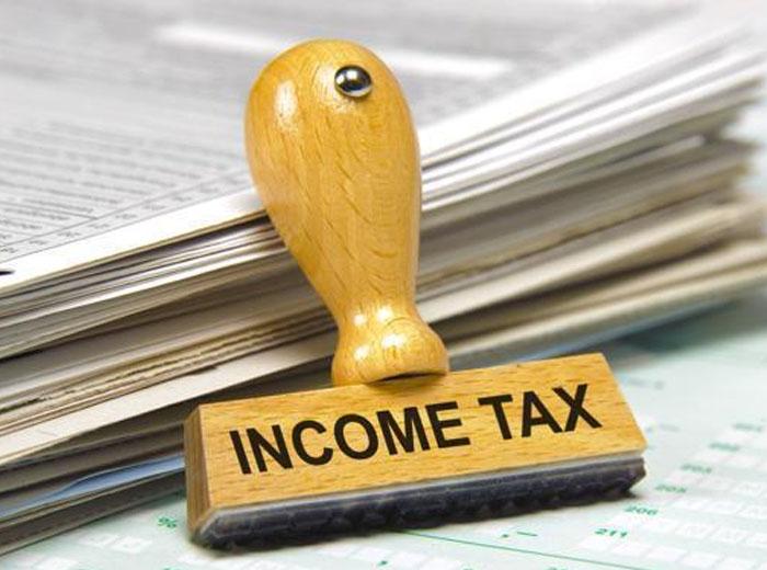 IT raids: EC calls CBDT chairman, Revenue Secretary