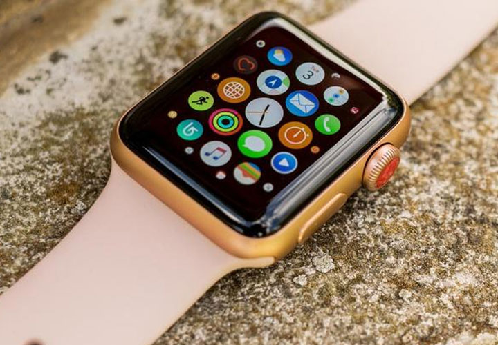 Apple likely to introduce Watch 5 in ceramic and titanium version