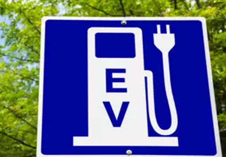 IRDAI introduces third-party motor insurance premium for electric vehicles at 15% discount