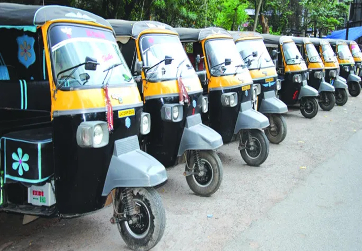 Delhi cabinet approves ₹5,000 aid for auto, taxi drivers amid lockdown
