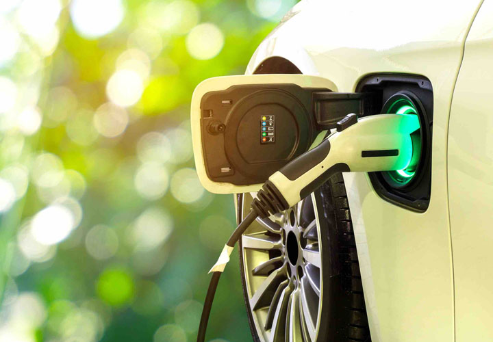 Niti's new road map: Only electric vehicles to be sold after 2030