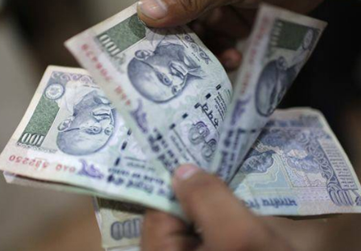 Rs 5,322 crore has been pumped into equities during February 1-15