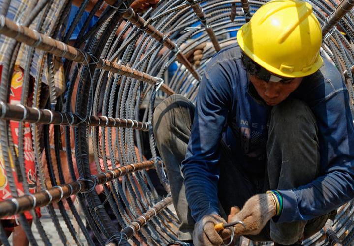 Nearly half a billion can't find decent work, unemployment set to rise: new UN labour report