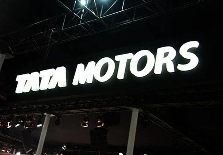 Moody's downgrades Tata Motors with negative outlook on JLR worries