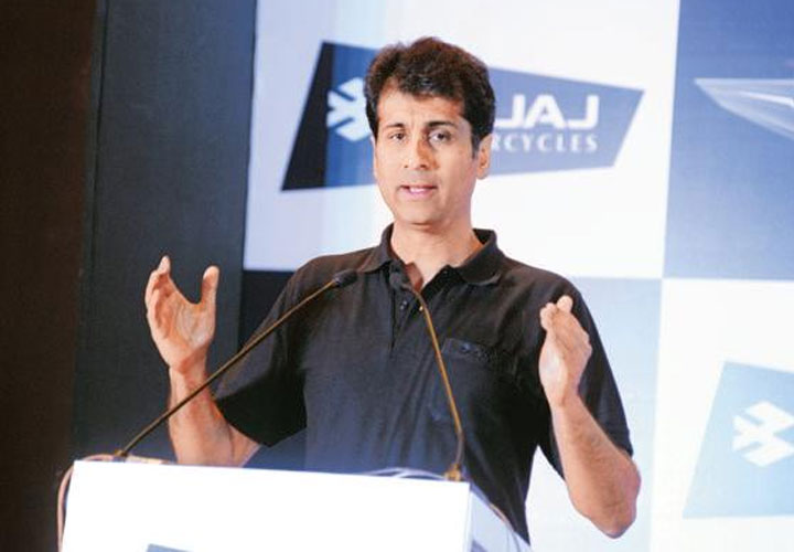 7% drop in sales not a crisis: Rajiv Bajaj