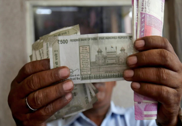 Indian economy to contract 5% in FY21, says S&P assuming COVID-19 peak by third quarter
