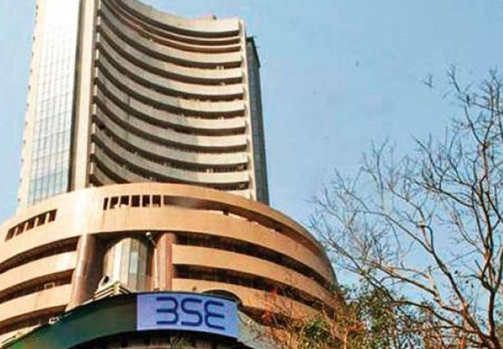 Nifty ends below 12K, Sensex slips 161 pts; Bharti Infratel, Yes Bank top losers