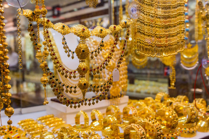 Gold price goes up by Rs 160