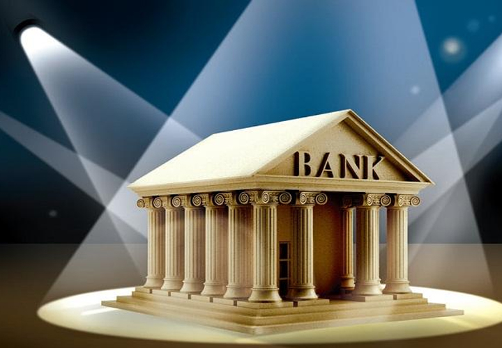 Talks on to privatise some state-run banks; Punjab & Sind Bank, Indian Overseas Bank among possible names